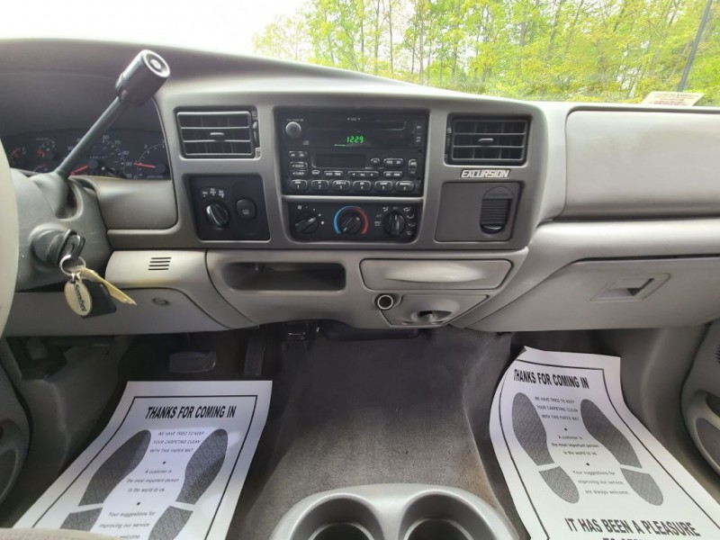 FORD EXCURSION 2001 price $12,600