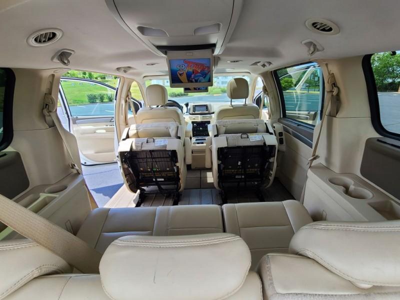 VOLKSWAGEN ROUTAN 2009 price $7,800