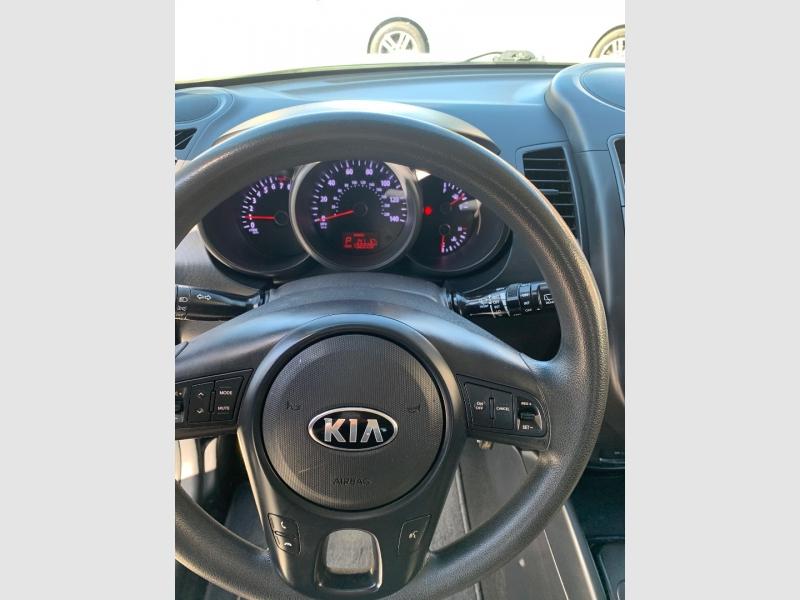 Kia Soul 2013 price $6,395