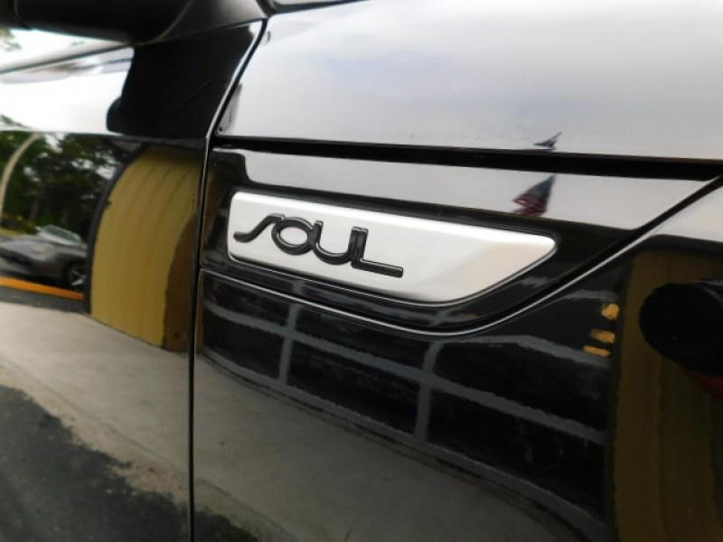 Kia Soul 2015 price $12,750