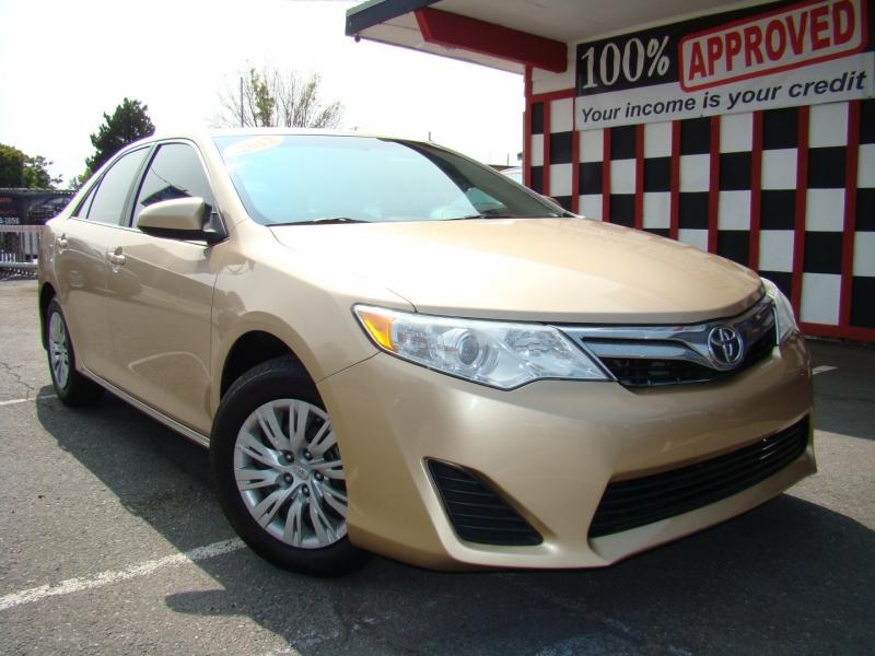 Toyota Camry 2012 price $8,591