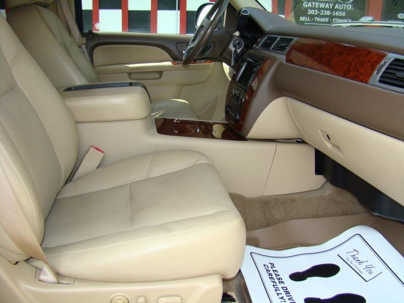 Chevrolet Tahoe 2010 price $16,399