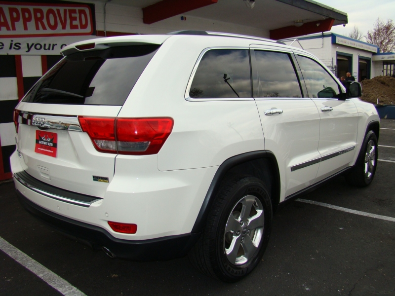 Jeep Grand Cherokee 2011 price $13,299