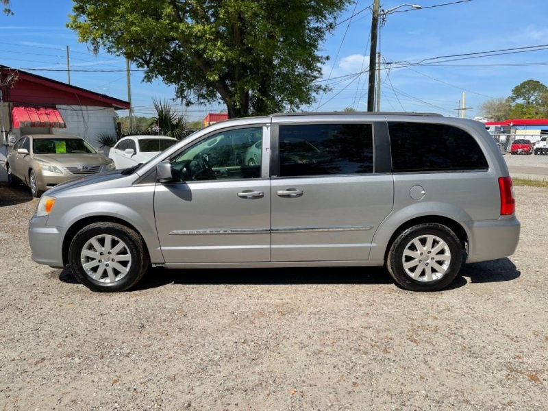Chrysler TOWN & COUNTRY 2014 price $7,200