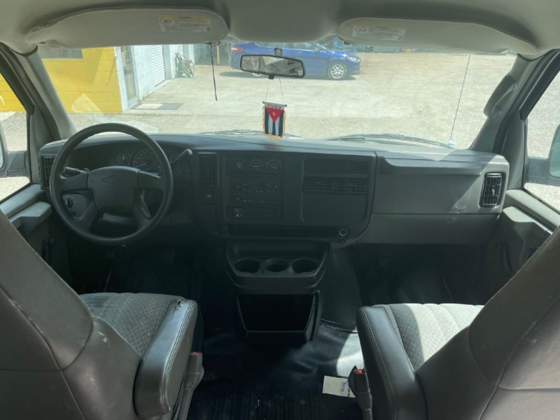Chevrolet EXPRESS G2500 2005 price $5,200