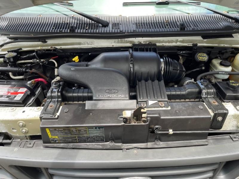 Ford ECONOLINE 2003 price $5,700