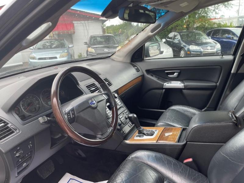 Volvo XC90 2005 price $4,990