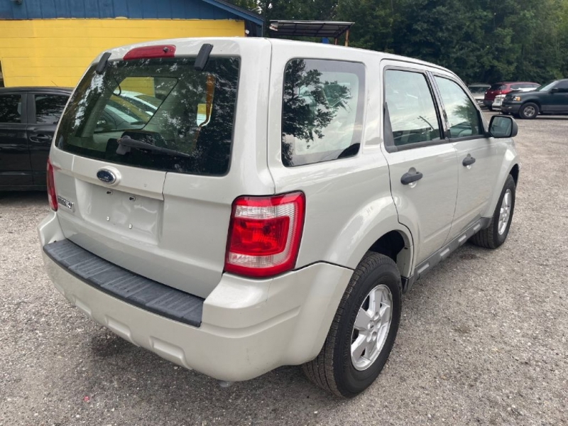 Ford ESCAPE 2009 price $5,500