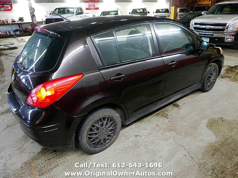 Nissan Versa 2010 price $1,995