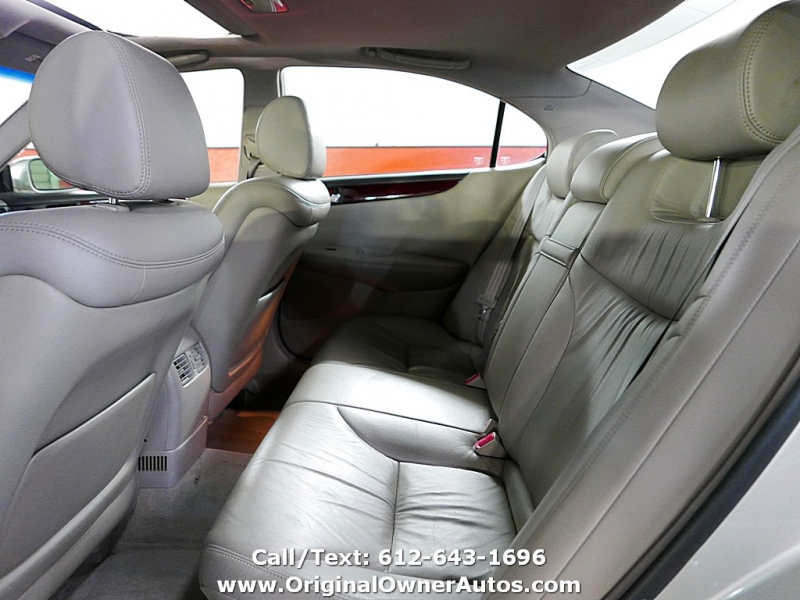 Lexus ES 330 2004 price $7,995