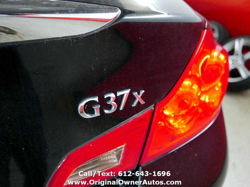 Infiniti G37 Sedan 2011 price $10,995