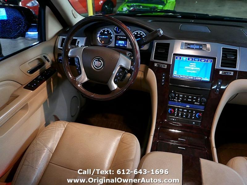 Cadillac Escalade EXT 2011 price $12,495