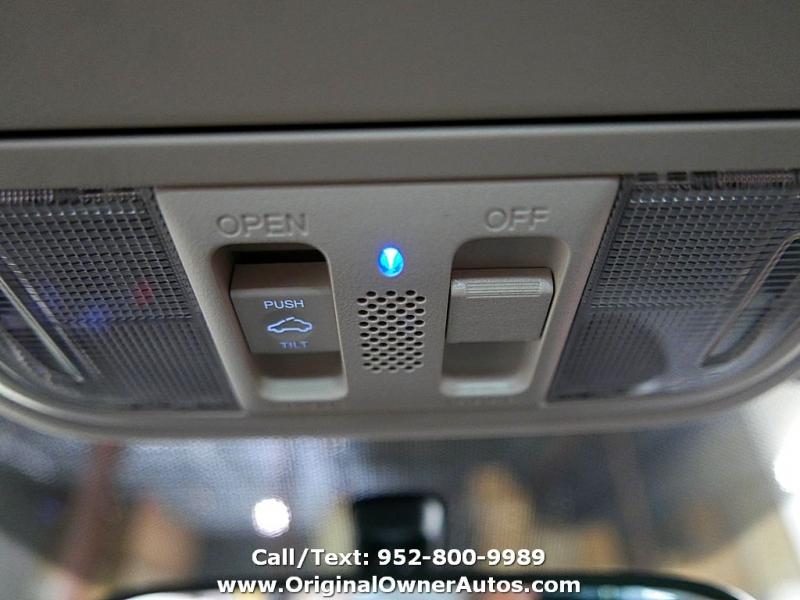 Honda CR-V 2012 price $16,995