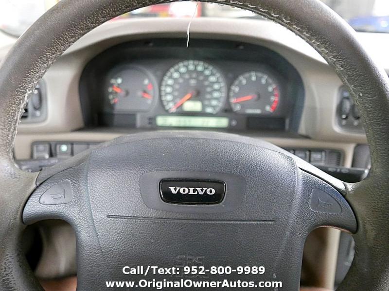Volvo S70 2000 price $1,195