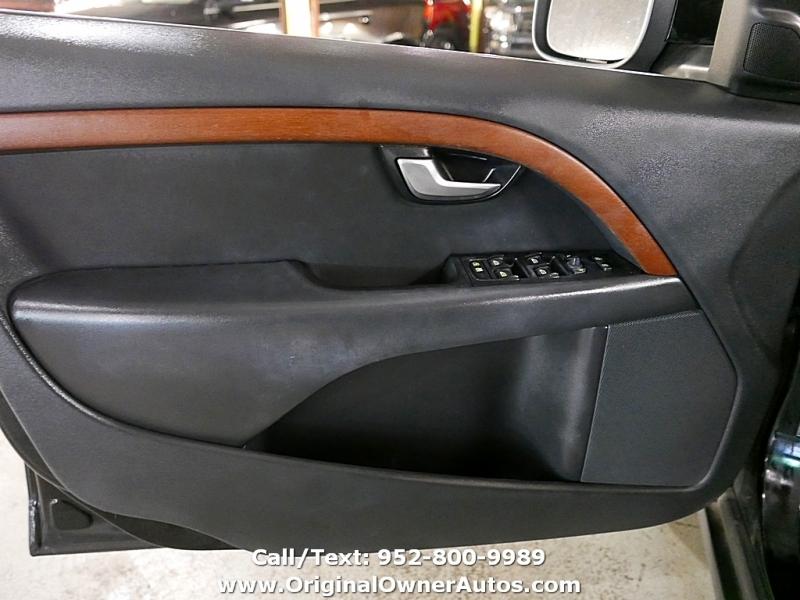 Volvo XC70 2010 price $7,995