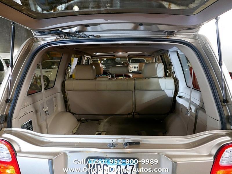 Lexus LX 470 Luxury SUV 1999 price $3,995