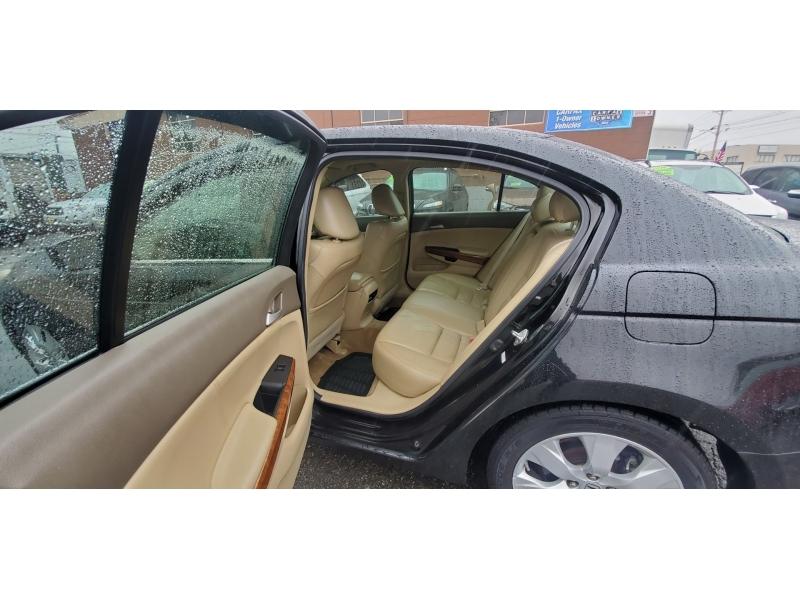 Honda Accord Sdn 2010 price $9,995