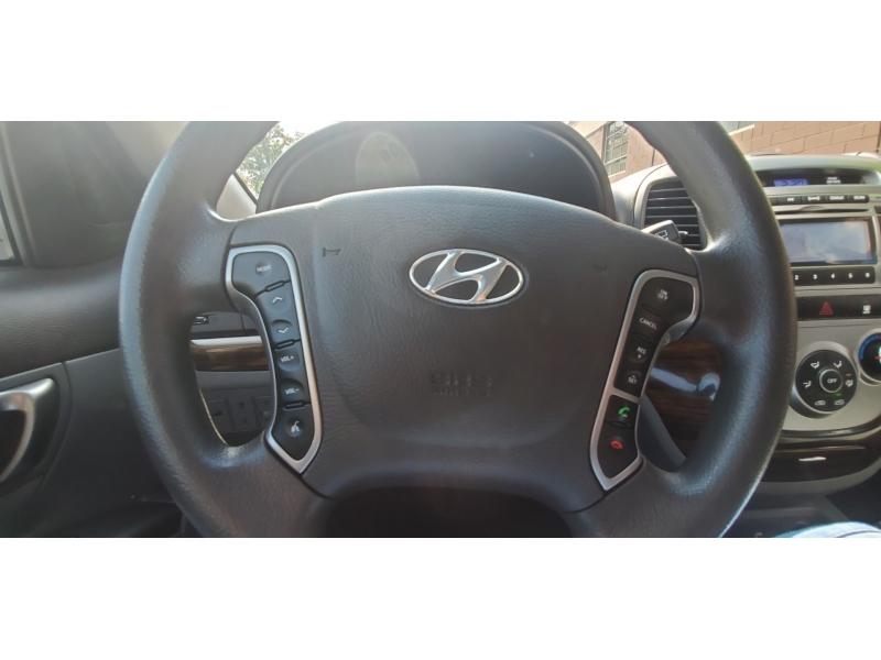 Hyundai Santa Fe 2012 price $9,895
