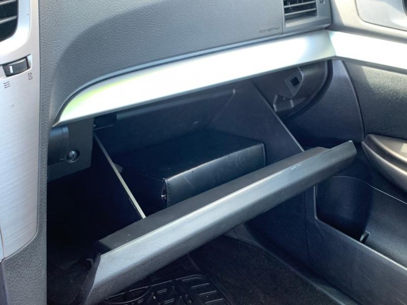 Subaru Legacy 2013 price $8,700