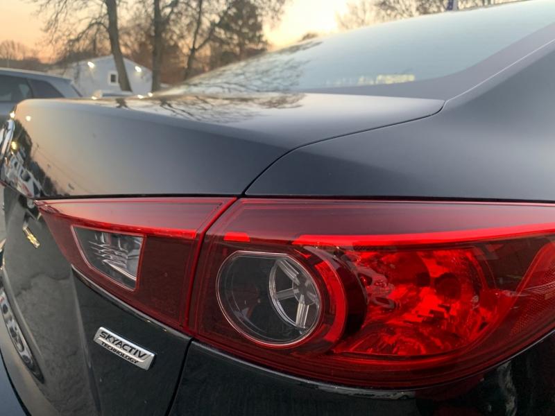Mazda 3 2015 price $9,895