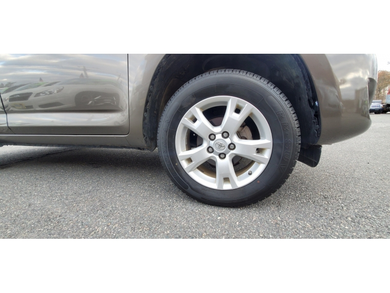 Toyota RAV4 2010 price $7,445