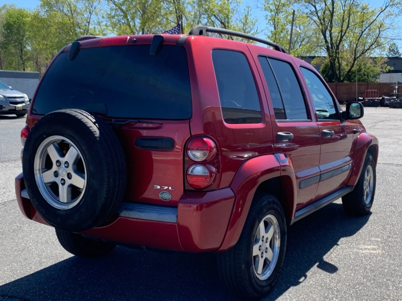Jeep Liberty 2005 price $5,200