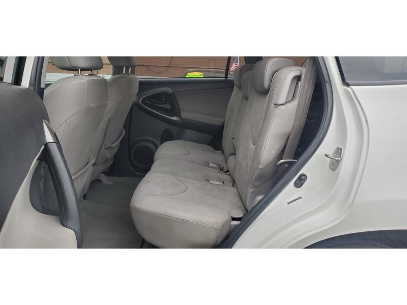 Toyota RAV4 2010 price $9,200