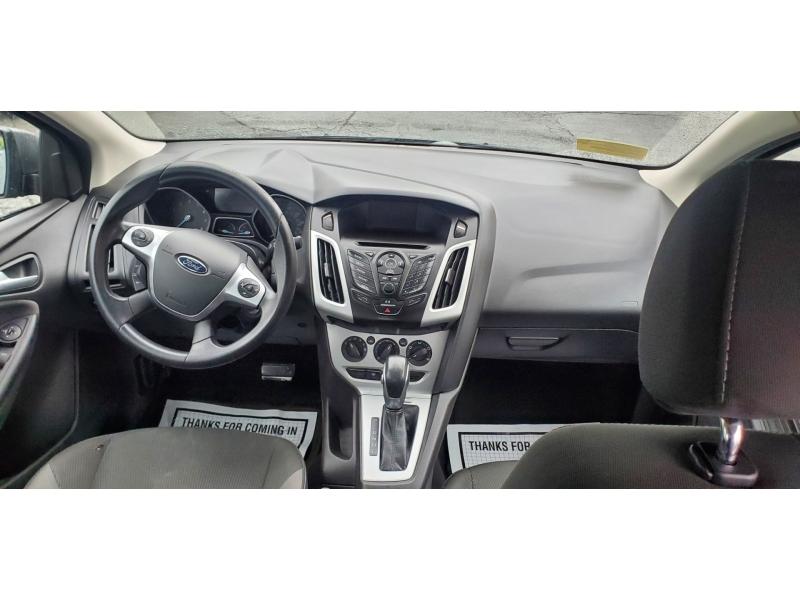 Ford Focus 2014 price $9,995