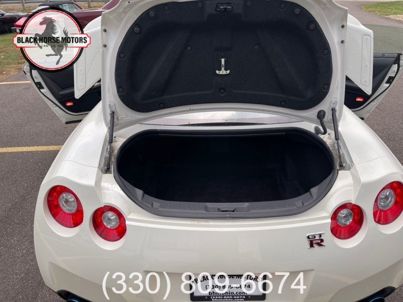 NISSAN GT-R 2009 price $130,000