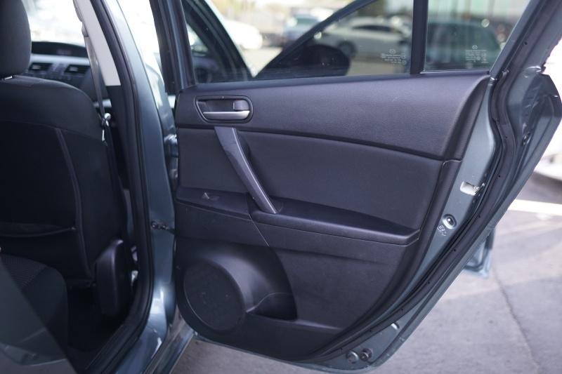 Mazda Mazda3 2013 price $7,400 Cash