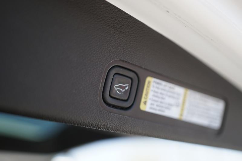 Chevrolet Suburban 2009 price $14,900 Cash