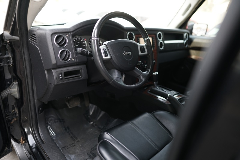 Jeep Commander Limited 4WD 2010 price $11,900 Cash