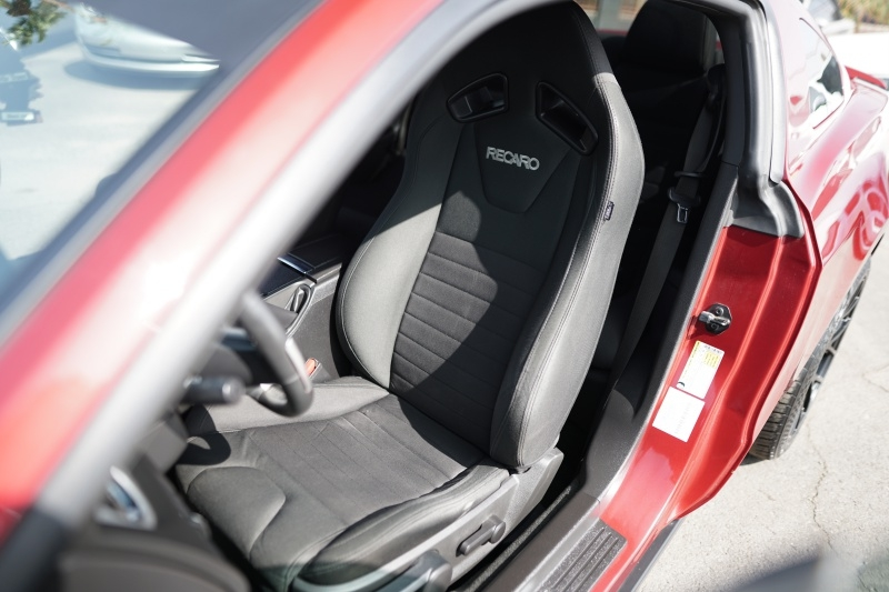 Ford Mustang GT 2012 price $18,900 Cash