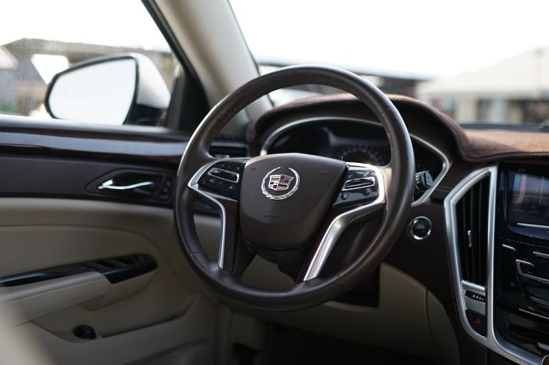 Cadillac SRX 2016 price $24,900 Cash