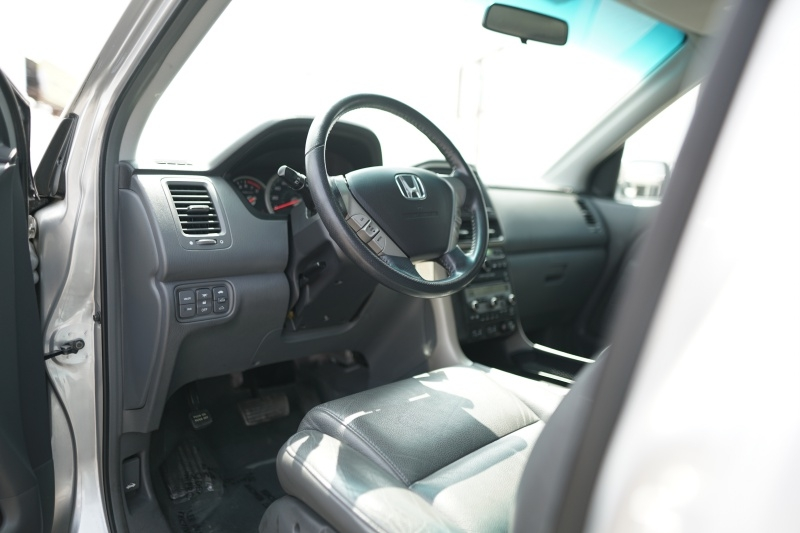Honda Pilot 2008 price $9,900 Cash