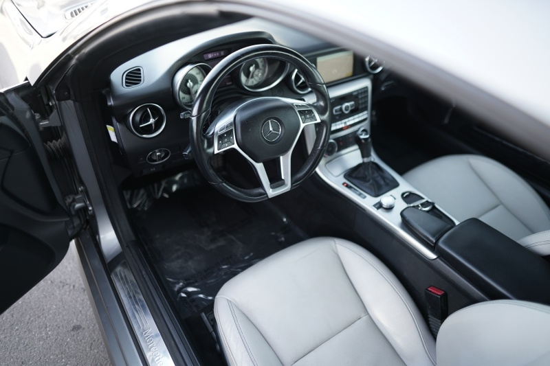 Mercedes-Benz SLK250 2012 price $19,900 Cash