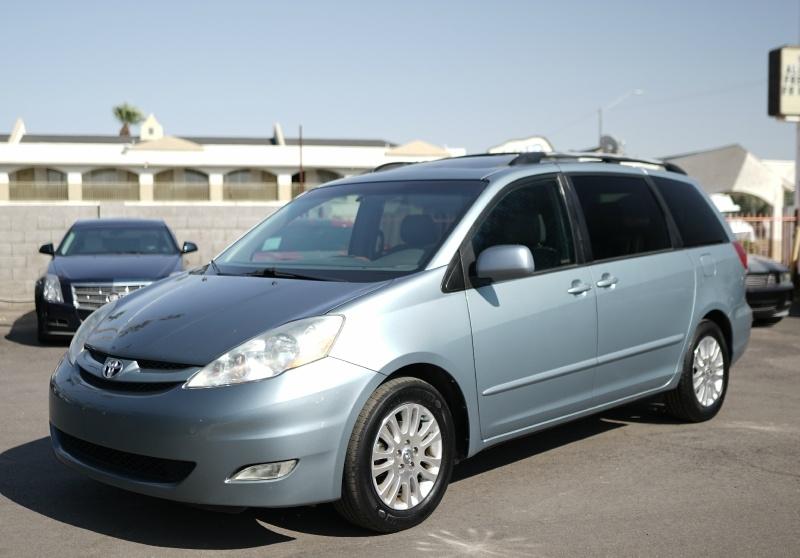 Toyota Sienna XLE Limited 2008 price $9,900 Cash