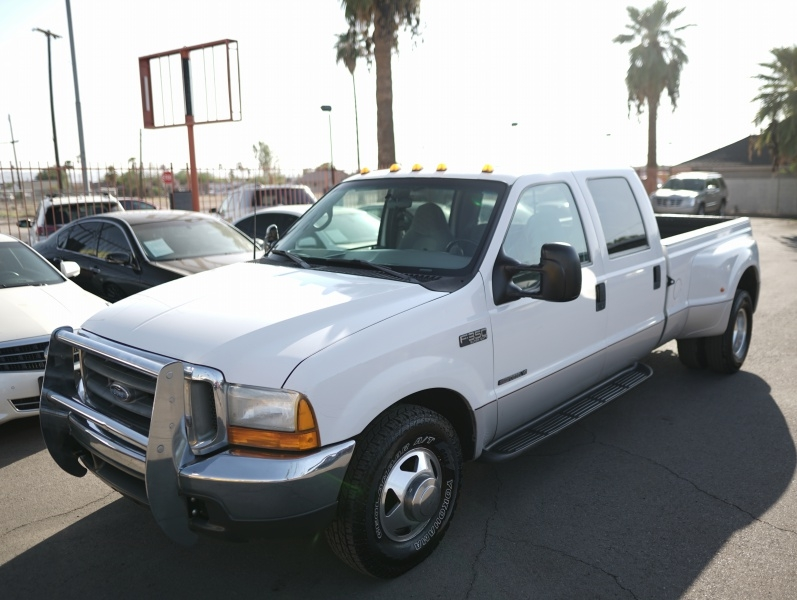 Ford Super Duty F-350 DRW 2000 price $14,900 Cash