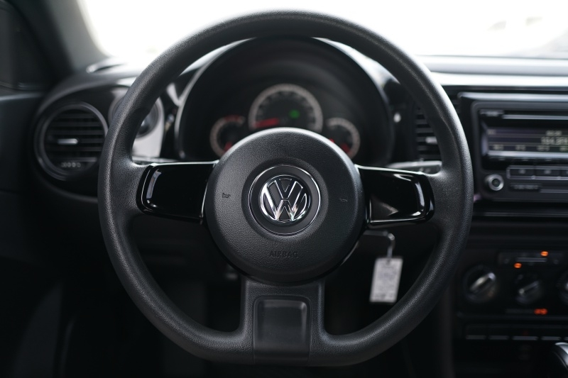 Volkswagen Beetle 2015 price $9,900 Cash