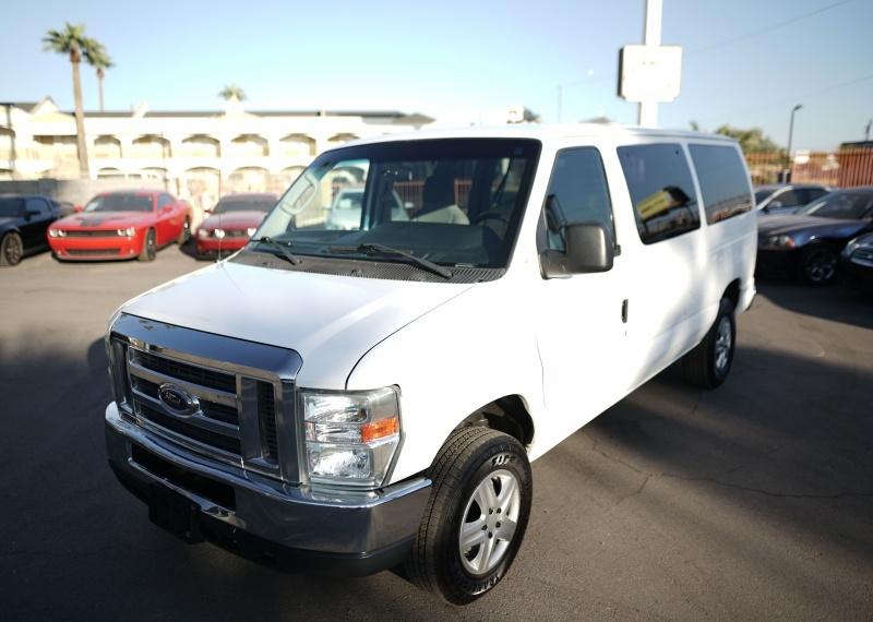 Ford Econoline Wagon 2010 price $11,900 Cash