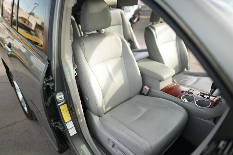 Toyota Highlander Limited 2008 price $11,900 Cash