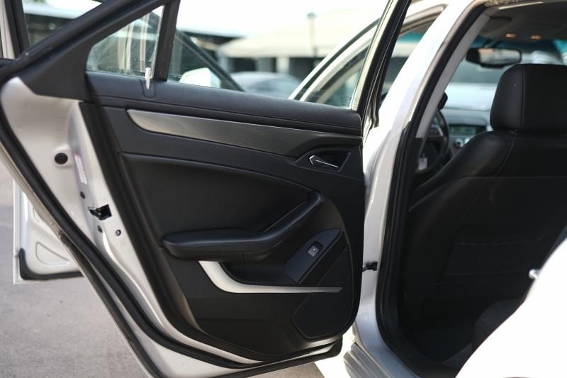 Cadillac CTS Wagon 2011 price $11,900 Cash