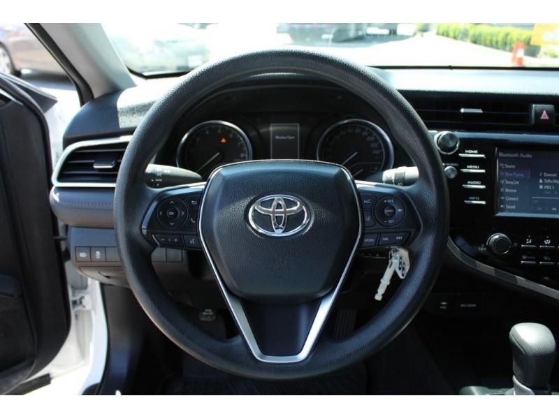 Toyota Camry 2018 price $23,889
