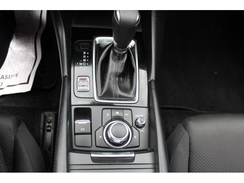 Mazda Mazda3 4-Door 2018 price $15,889