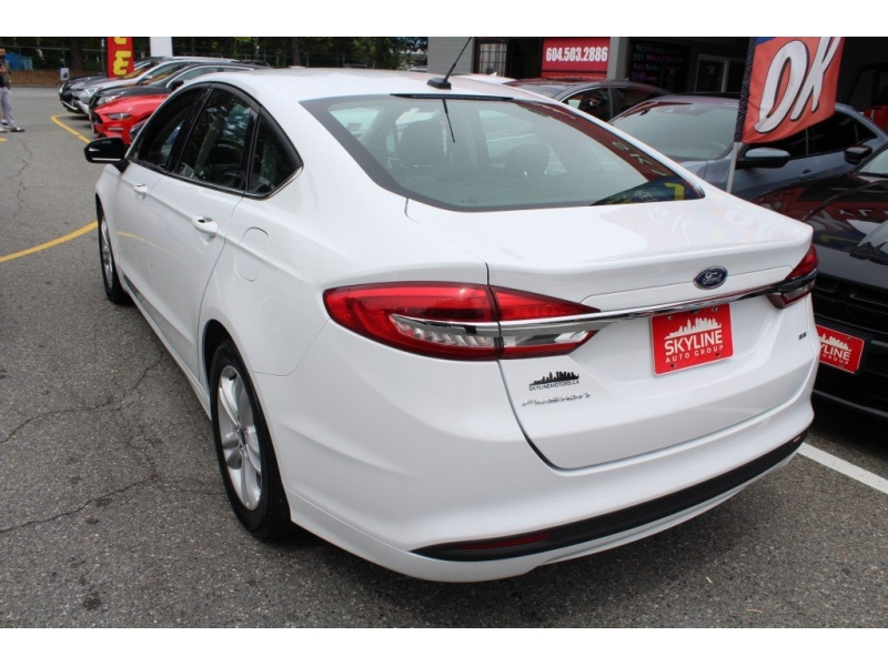 Ford Fusion 2018 price $18,889