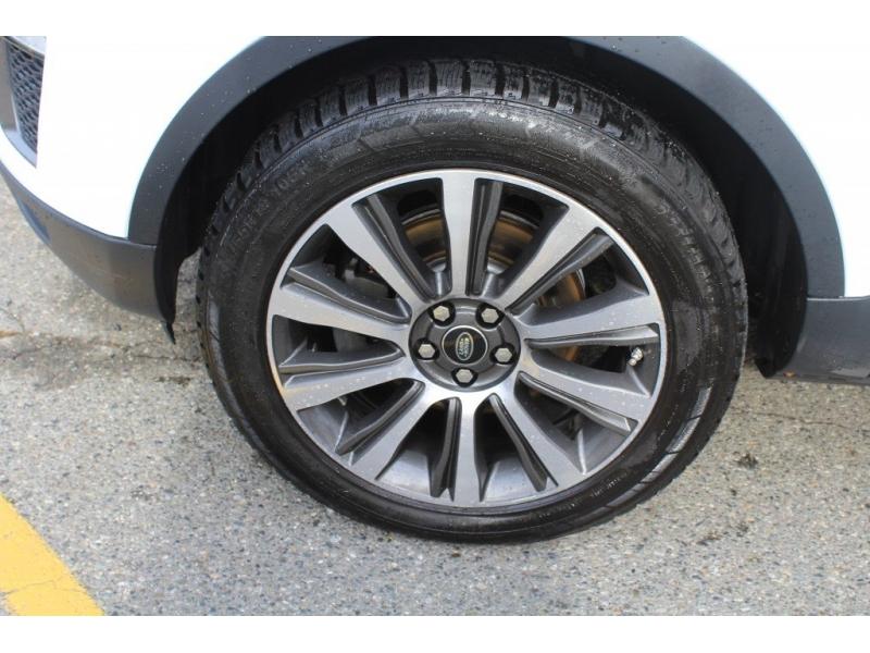 Land Rover Range Rover Evoque 2017 price $35,889