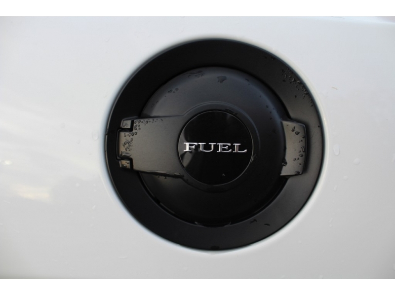Dodge Challenger 2018 price $34,889