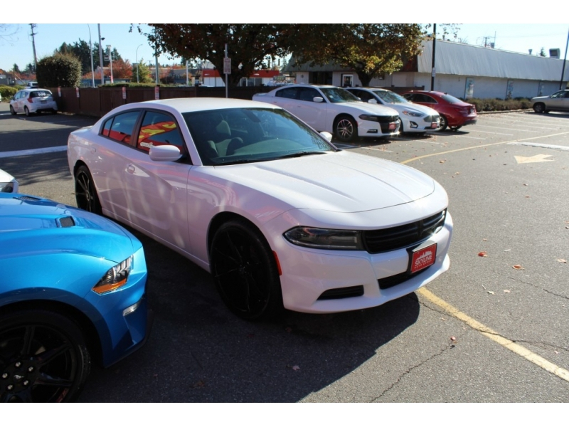 Dodge Charger 2019 price $27,889