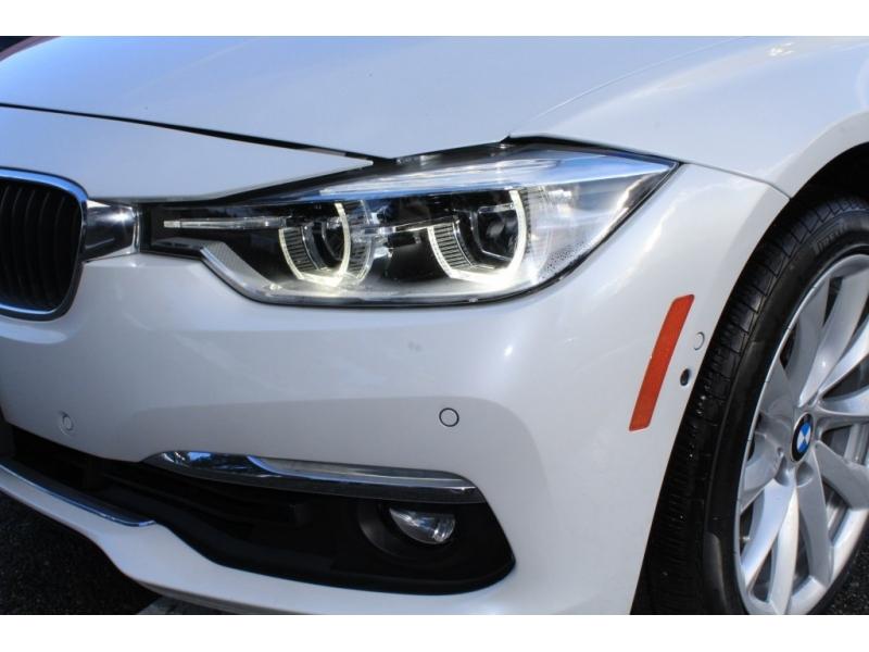 BMW 3-Series 2017 price $27,889