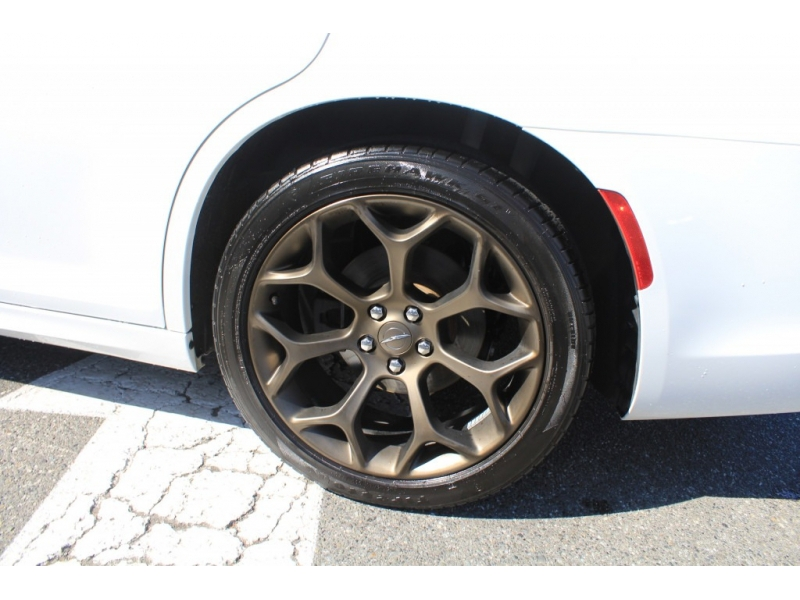Chrysler 300 2020 price $0